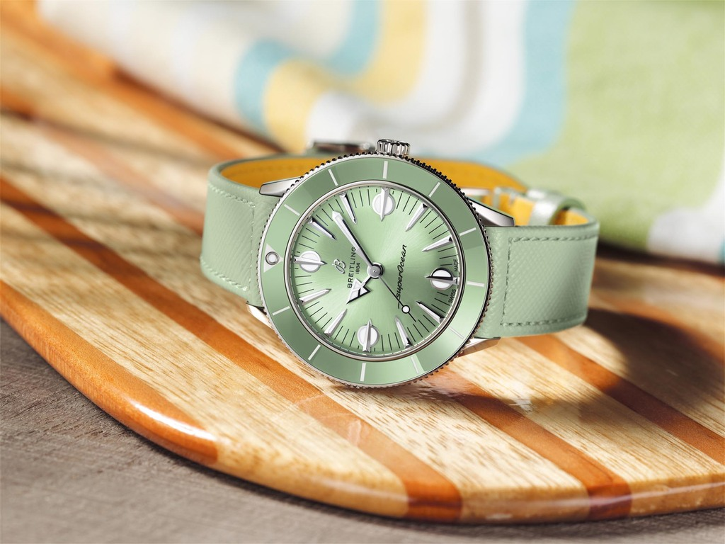 Superocean Heritage '57 Pastel Paradise in mint green   Ref. A10340361L1X1