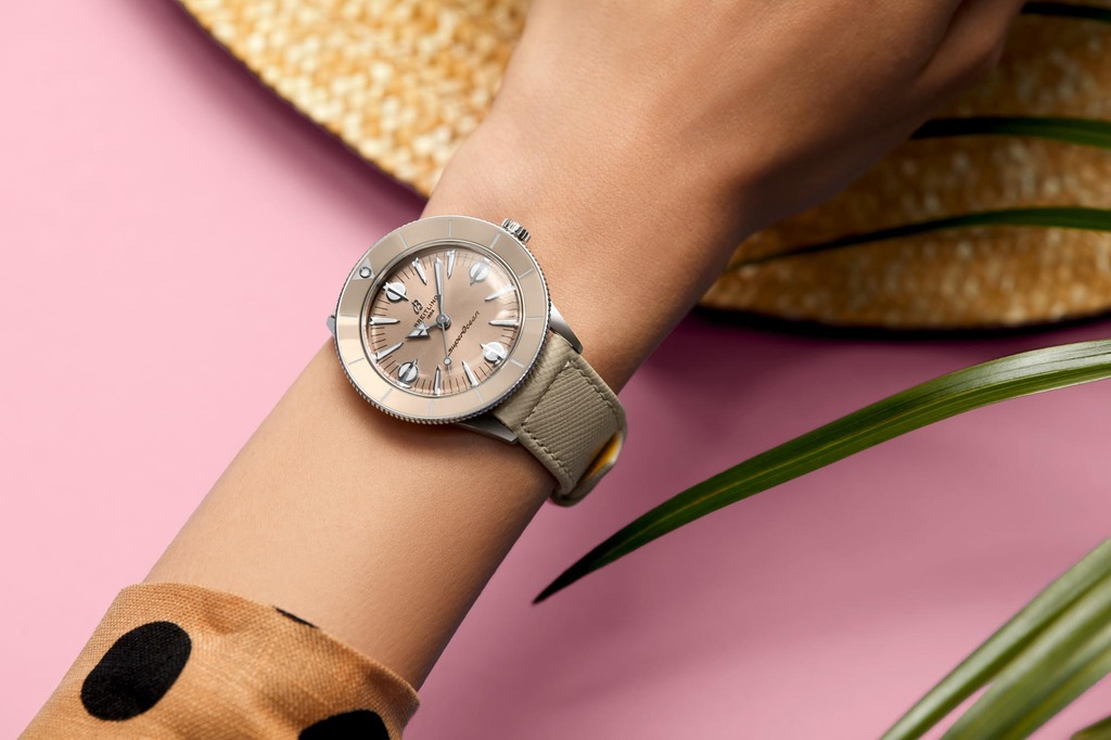 Superocean Heritage '57 Pastel Paradise in iced latte   Ref.  A10340A41A1X1