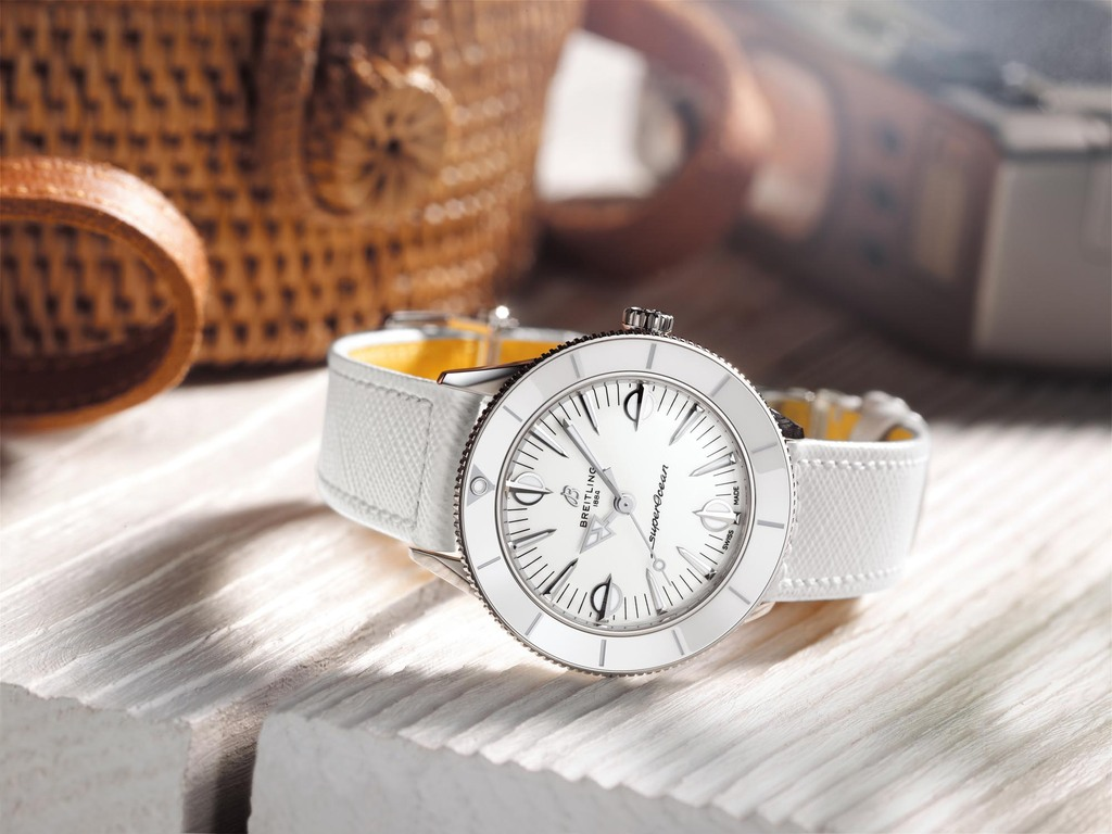 Superocean Heritage '57 Pastel Paradise in white   Ref. A10340A71A1X1